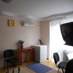 Двухкомнатная квартира посуточно в центре