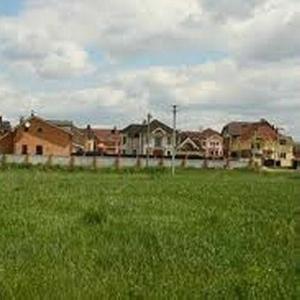 Продам участок 10 соток в с. Зарванцы  / 1км.от Винницы /  Срочно.
