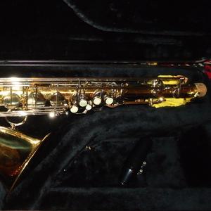 Продам отличный саксофон-тенор Simba