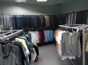 Распродажа оборудования б/у (торговая мебель - стеллажи и стойки) для